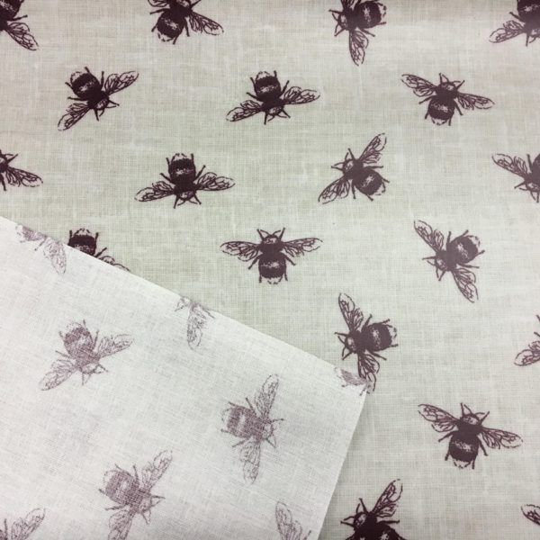 Fryetts Fabrics Bees PVC - Purple